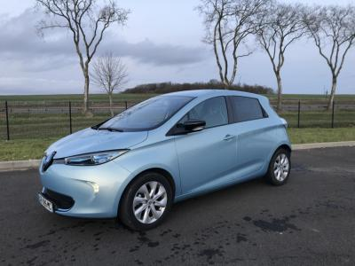 Photo RENAULT ZOE INTENS Charge Rapide