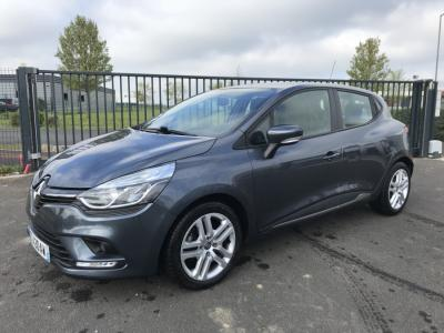 Photo RENAULT CLIO 4 BUSINESS 1.5 DCI 75ch + ATTELAGE