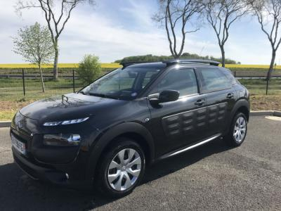 Photo CITROEN C4 CACTUS FEEL PURETECH 82ch